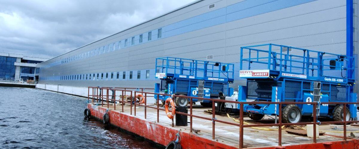 London City Airport that DSM Ltd in Yorkshire were contracted to envelope their new extension with cladding